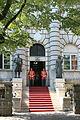 Wejście do Pałacu Prezydenckiego w Cetinje.jpg