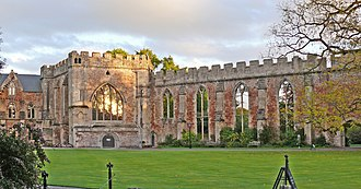Bishop's Palace, Wells - The Chapel and ruined Great Hall