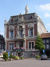 Wetteren - Town hall 1.jpg