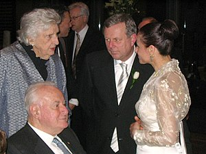 Mike Rann - Former Prime Minister of Australia Gough Whitlam with wife Margaret at the wedding of Rann and Sasha Carruozzo in 2006.