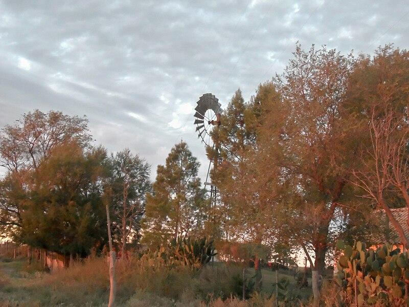 File:Windpump in Southern La Pampa.jpg