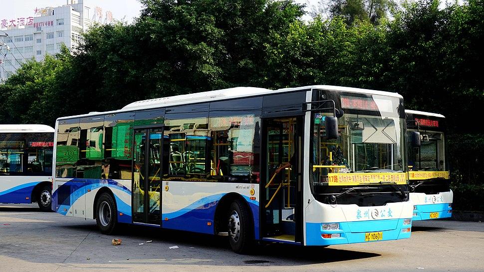 XML6105JHEVE8C1 of Zayton bus
