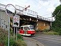 Záběhlice, Průběžná, jižní železniční most, od jihu (02).jpg