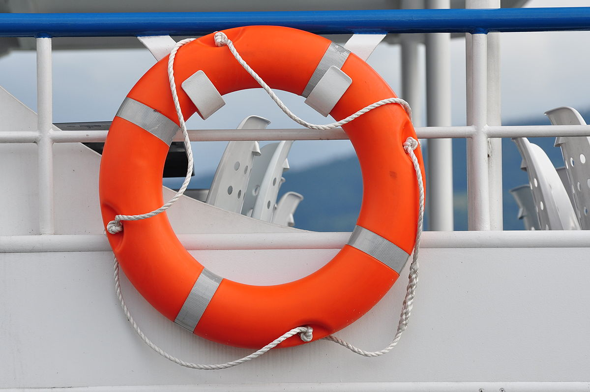 Salvavidas wikipedia la enciclopedia libre for Salvavidas para piscinas