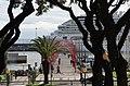 Zoomblick von der Avenida Zarco auf den Hafen mit der Costa Favolosa.jpg