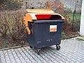 Úholičky, Náves, kontejner na tetra pack.jpg