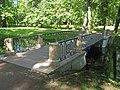 Пушкин. Александровский парк. Мост на протоке пруда Озерки04.jpg