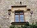 063 Castell de Santa Florentina (Canet de Mar), pati, finestra de la façana nord.JPG