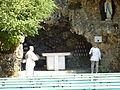 097 Nevers La grotte de Lourdes reconstituée (Congrégation des Soeurs de la Charité).jpg
