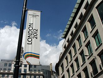 London bid for the 2012 Summer Olympics - London 2012 banner at The Monument
