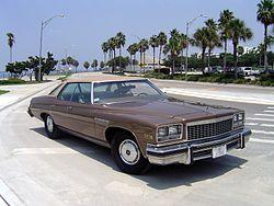 Buick LeSabre Custom (1976)