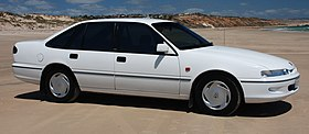 1994 Holden VR Commodore Acclaim.jpg