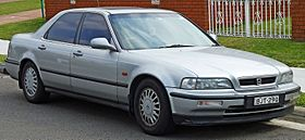 1994 Honda Legend (KA7) sedan (2010-09-23) 01.jpg