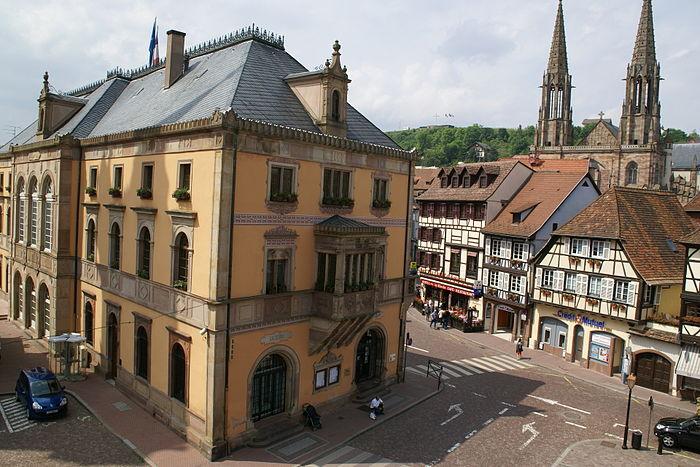 H tel de ville monument historique obernai myopenweek for Hotels obernai