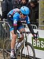2013 Ronde van Vlaanderen, helmboswuivende van summeren (20325852426).jpg