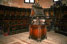Facistol wikipedia la enciclopedia libre for Mundo mueble aguilas