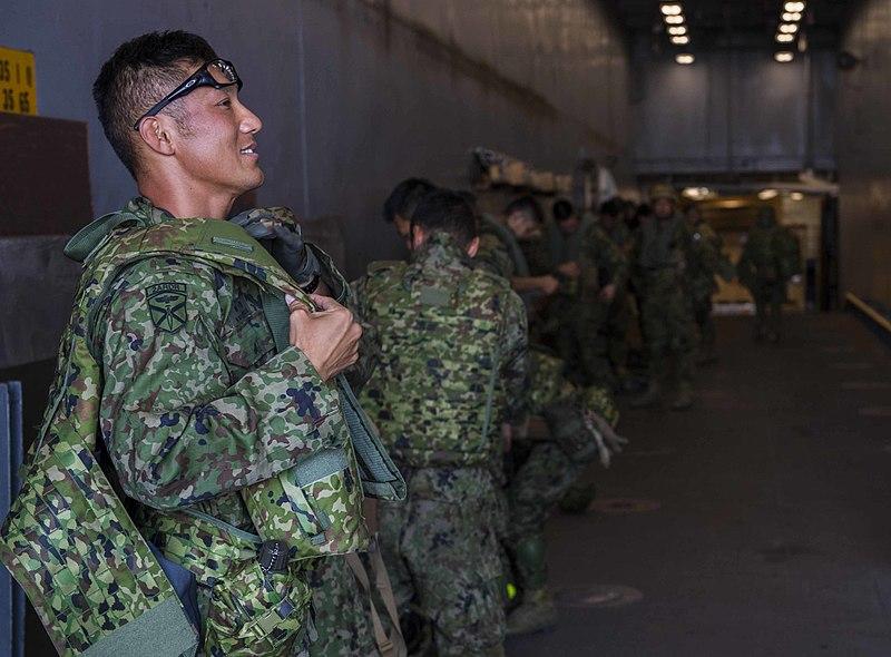ARDB soldiers loading.jpg