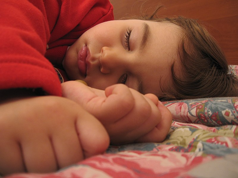 File:A child sleeping.jpg