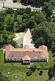 A karácsondi kastély hátsó oldala légi felvételen.jpg