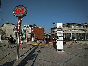 Hospitales Metro Station Wikivisually