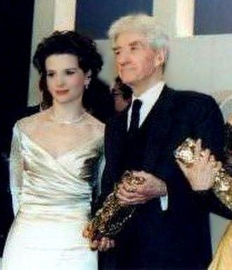 Alain Resnais - Juliette Binoche and Alain Resnais, 1998