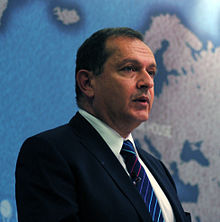 Ambassador Simon Collis, British Ambassador to Iraq (8572373248).jpg