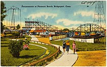 Amusements at Pleasure Beach, Bridgeport, Conn (68444).jpg