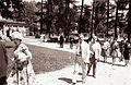 Angleški turisti po obisku mariborskega Akvarija 1962.jpg