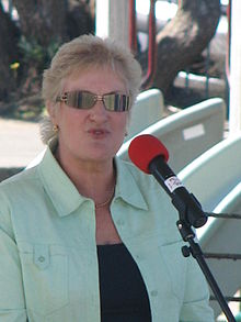 Annette King addressing crowd.jpg
