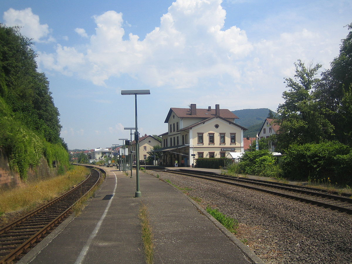annweiler am trifels station wikipedia. Black Bedroom Furniture Sets. Home Design Ideas