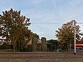 Arnhem-De Laar, sculptuur bij de Kroonse Wal - Brabantweg in herfstsfeer foto13 2016-09-21 18.50.jpg