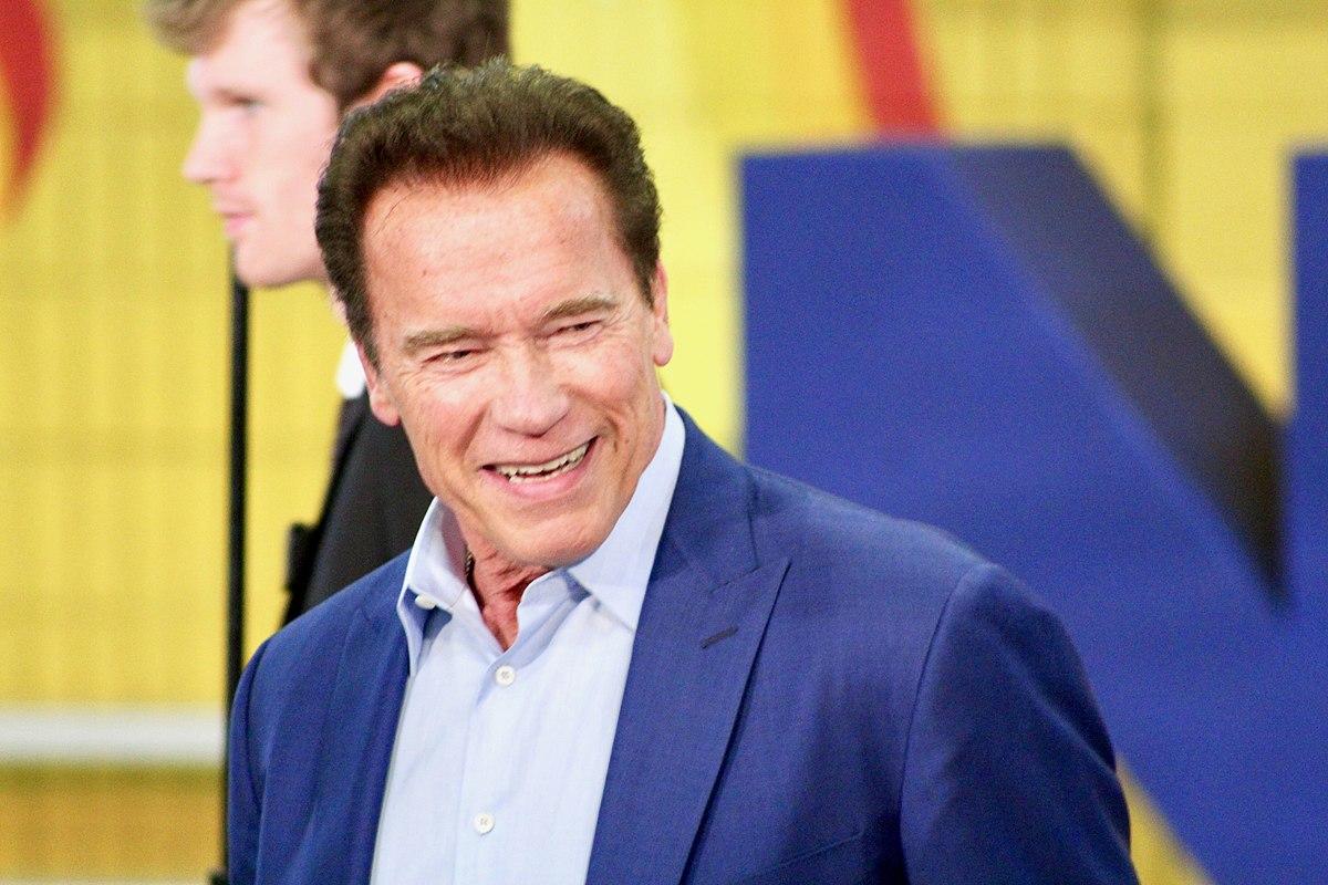 Arnold Schwarzenegger says 'I've stepped over the line ...  |Arnold Schwarzenegger