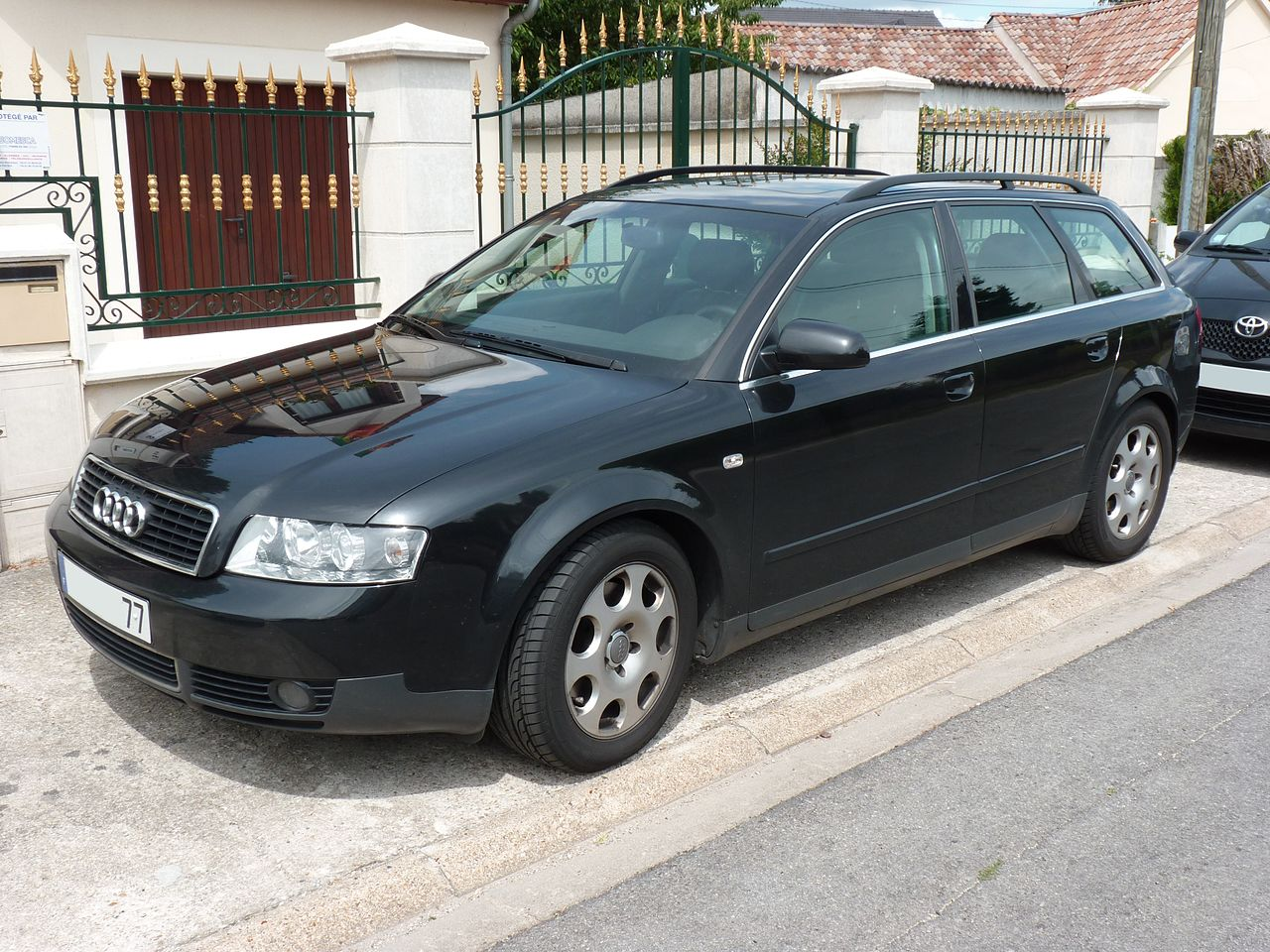 file audi a4 avant 2 5 tdi 2002 jpg wikimedia commons. Black Bedroom Furniture Sets. Home Design Ideas
