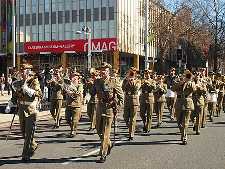 The Australian Army Band Corps, Canberra, 2013. Australian Army band at the No 28 Squadron RAAF freedom of the city parade August 2013.jpg