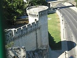 Avignon rempart.JPG