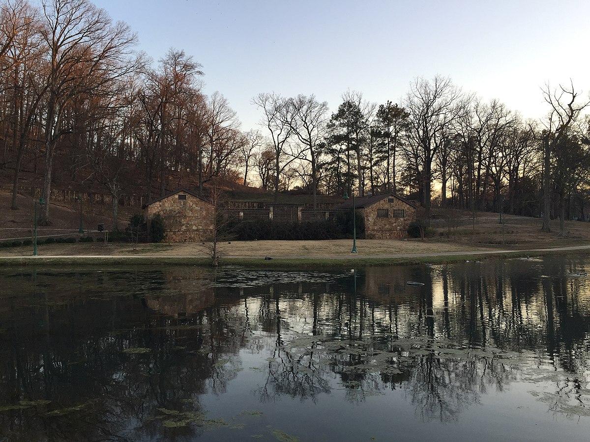 Avondale Park pond.JPG