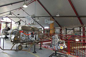 Bückeburg Hubschraubermuseum 2011-by-RaBoe-29.jpg