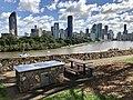BBQ with a view at Kangaroo Point Cliffs Park, Queensland 02.jpg