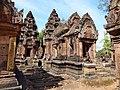 Banteay Srei 34.jpg