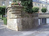 Bastion du Bourg-Carignan 1.JPG