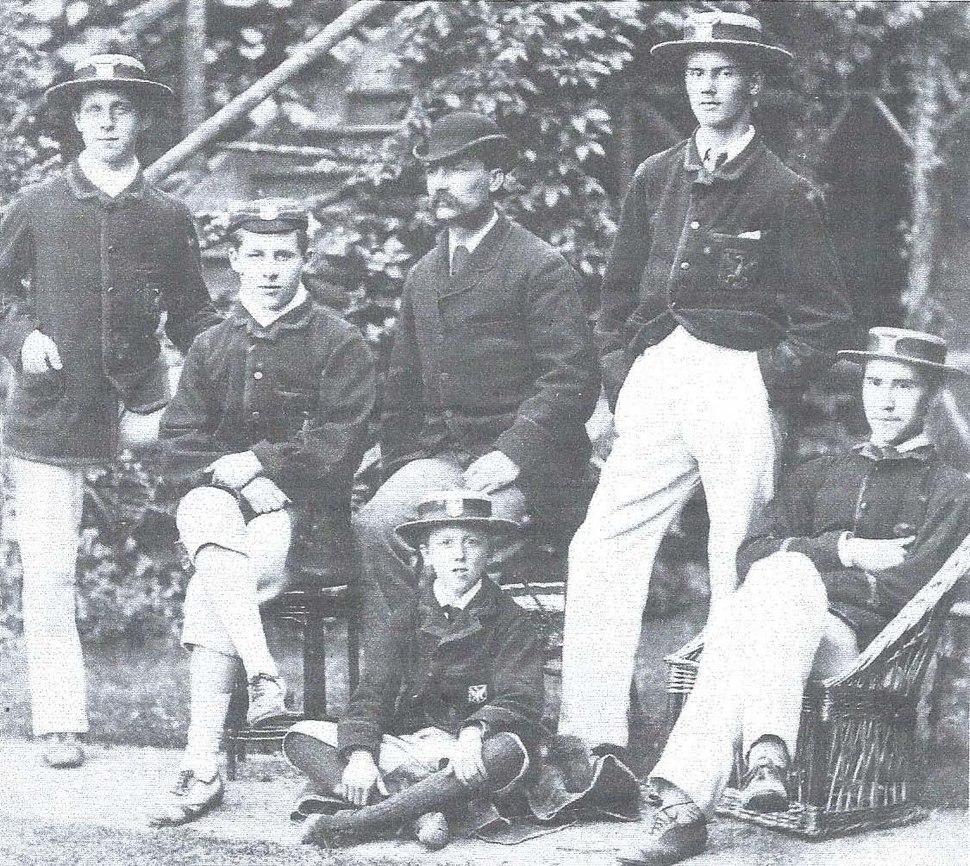 Bedford Modern School - first sortie to Henley in 1882