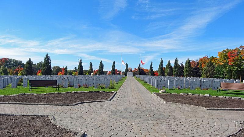 File:Beechwood Cemetery; in honour and memory of all war veterans.jpg