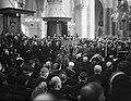 Begrafenis illegale strijders in Haarlem. Overzicht kerk, Bestanddeelnr 901-1474.jpg