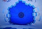 Beim Befüllen des Luftballons vor dem Ballonfahrt 2H1A3437WI.jpg