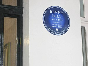 Benny Hill - Blue plaque commemorating Benny Hill, at his former residence in Kensington, London.