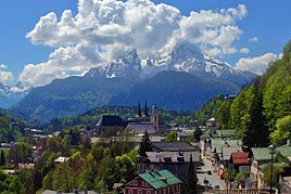 Berchtesgaden with view of Mount Watzmann