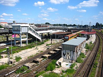 Berlin Warschauer Straße station - S-Bahnhof Warschauer Straße in 2005