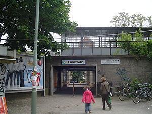 Lankwitz - Image: Berlin metro station Lankwitz