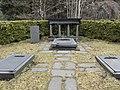 Berndt August Hjorths familjegrav, Solna.jpg