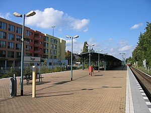Berlin-Tegel railway station - Station platform